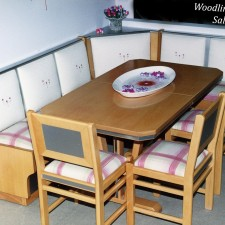 13 Καθιστικό Inox με έντονα μεταλικά στοιχεία για μοντέρνες κουζίνες.